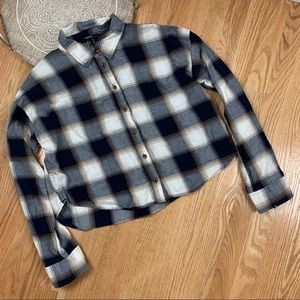 Forever 21 Boxy Plaid Button Down Shirt Blouse